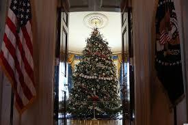 hgtv u0027s u0027white house christmas 2012 u0027 special takes us inside for