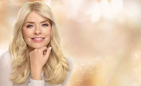 bronde hair home coloring holly willoughby s hair colour nutrisse pearly blondes