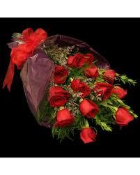 a dozen roses wrapped dozen roses in leesburg va jerry s florist