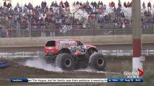 monster truck crash videos monster truck throwdown at castrol raceway this weekend watch