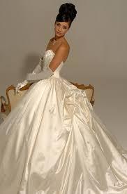 Wedding Dress Sample Sale London Hollywood Dreams Sample Sale Wedding Dresses In Wimbledon London