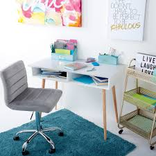 College Desk Accessories College Prerequisites 5 Essentials For Decorating Your Dorm