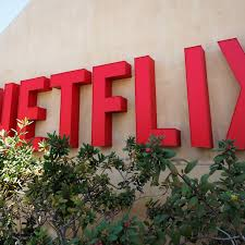 netflix adds offline viewing with downloadable tv shows and movies
