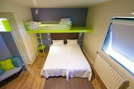 chambre d hotel pour 5 personnes chambre 5 personnes photo de hôtel du futuroscope chasseneuil du