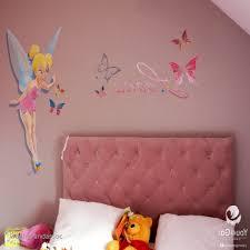 fresque chambre fille stickers chambre fille fee en fresque murale dans une chambre d