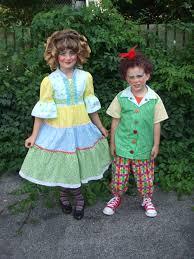 baby wizard of oz costume make wizard oz munchkins costumes munchkins two munchkin actors