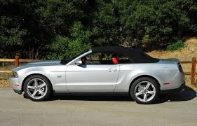 2010 mustang gt convertible 2010 ford mustang gt convertible review test drive