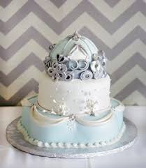 cinderella wedding cake cinderella wedding small white flowers