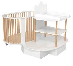 chambre evolutive pour bebe le lit évolutif pour bébé caribou de songes et rigolades est