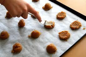 ingredient gluten free flourless peanut butter cookies