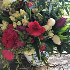 sunday flower delivery flower delivery for mothering sunday all titus has grown