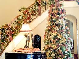 Decorating With Christmas Lights Year Round by Christmas Decorating Ideas For Banisters Beautiful Banister