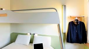 chambre familiale ibis budget ibis budget lyon nord dardilly ecully offres spéciales pour cet hôtel