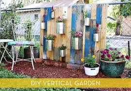 how to make a vertical garden from reclaimed wood curbly