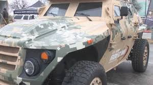 future military vehicles army displays future of ground vehicle technologies youtube