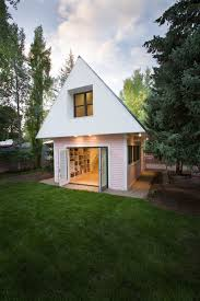 small energy efficient homes a small energy efficient guest house loom e2 80 93 studio in
