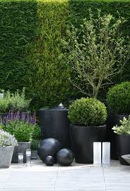 20 ways to outdoor commercial planters