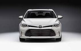 lexus es vs toyota avalon 2019 toyota avalon production starts 2018 along with 2019 lexus