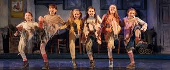 bww review annie at bass performance hall