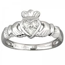 claddagh ring meaning how to wear a claddagh ring meaning