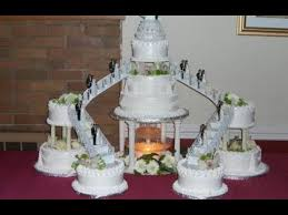 heart shaped wedding cakes heart shaped wedding cakes with