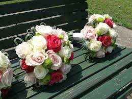 wedding flowers questions to ask important questions to ask your wedding florist