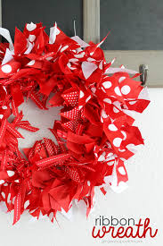 snap crafts ribbon wreath tutorial