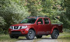 nissan frontier pro 4x 2017 interior 2017 nissan frontier in depth model review car and driver
