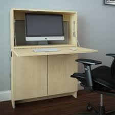 Computer Desks For Small Spaces by Simple Home Desktop Computer Desk Simple Small Apartment New Space