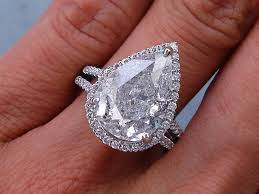 Pear Shaped Wedding Ring by Ctw Pear Shape Diamond Engagement Ring