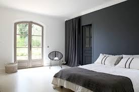 Chambre Mur Et Noir Une Chambre D Adulte En Noir Et Blanc Déco Des Chambres Pour Se