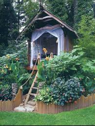 Tree House Backyard by 54 Ideas That Will Beautify Your Yard Without Breaking The Bank