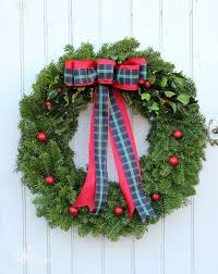 How To Decorate A Christmas Wreath How To Make A Traditional Christmas Wreath Fynes Designs Fynes