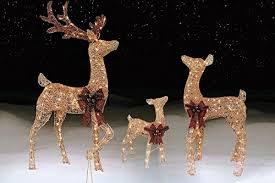 lawn reindeer with lights 3 piece pre lit outdoor lighted reindeer family champagne gold lawn