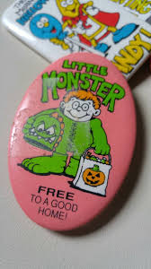 halloween pins 1980 halloween pins set of 5 buttons scary candy chocolate