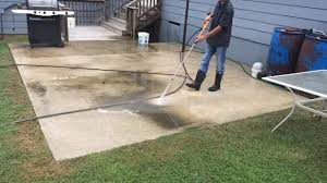 Stain Old Concrete Patio by How To Pressure Wash A Concrete Patio Youtube