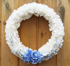 wreaths with coffee filters creative crafts for home decoration