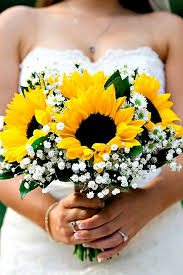 sunflower bouquets 25 sunflower wedding bouquets ideas on sunflower