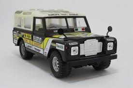 land rover series 3 burago land rover series 3 109 safari fiore del deserto rally