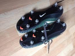 buy football boots dubai used football boots second football kit and equipment buy