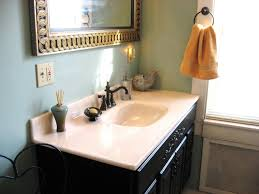 that old house benjamin moore peeps into our bathroom