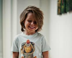 Coole Frisuren Mittellange Haare Jungs by Haarschnitte Und Kinderfrisuren Für Kleine Jungs Für Sommer