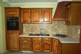 cuisine en chene repeinte vernis meuble cuisine peindre meuble en chene vernis meuble