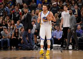warriors tie record with 72nd win end spurs u0027 home streak