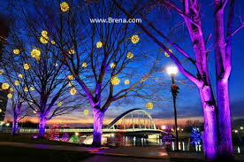 wholesale lighted grapevine balls to 90 inch in dia made in the usa