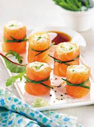 canapés saumon fumé 47 best saumon fumé images on food plating food