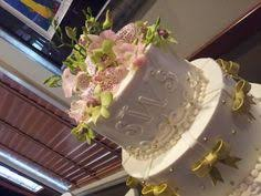 sprinkle wedding cake with fondant bow www holiday market com
