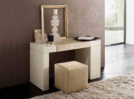 Diamond Furniture Bedroom Sets by Diamond Ivory Platform Bed By Rossetto Bedroom Sets Bedroom