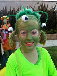Alien Costumes Easy Homemade Costume Ideas Club Chica Circle Where Crafty Is