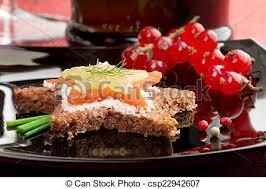 canapé saumon canapé saumon fumé fromage canapé saumon noir plat